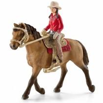 Всадница на лошади в красном
